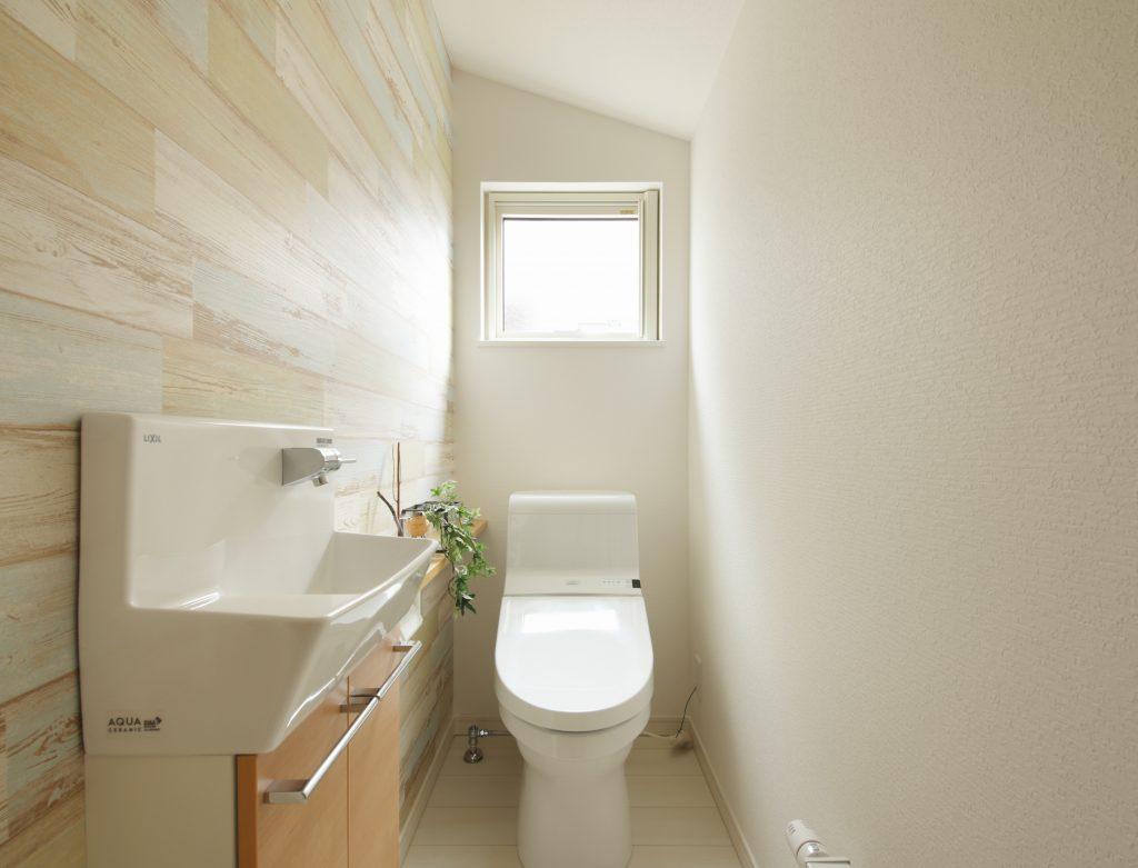 毎日のトイレ掃除が鍵 いつもきれいに保つコツや簡単お手入れポイント はれ暮らし ジョンソンホームズ