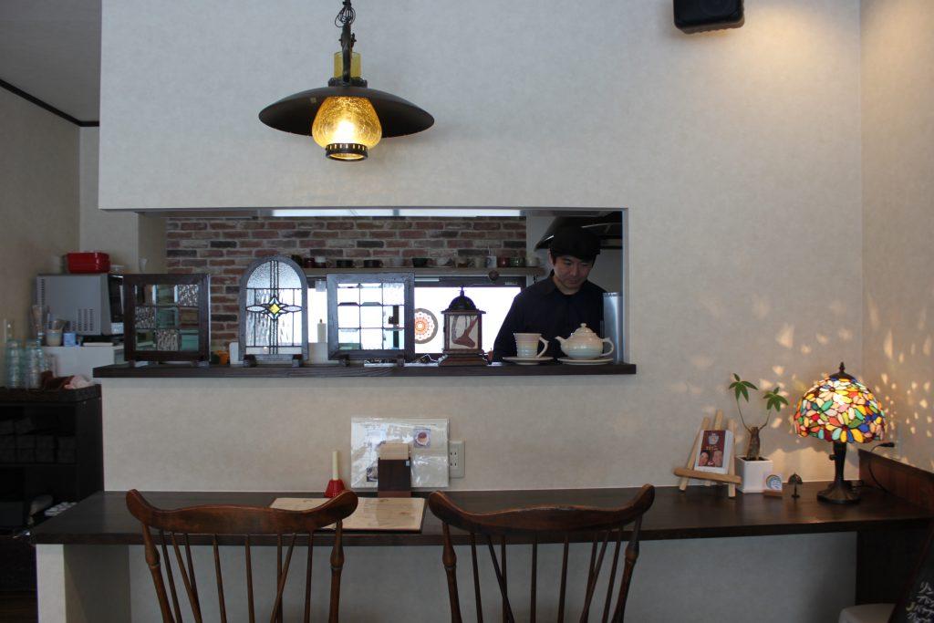 札幌のカフェ、プディングマルヤマの店主